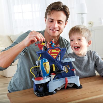 Pai-e-Filho-Fortaleza-do-Superman-Imaginext-Fisher-Price