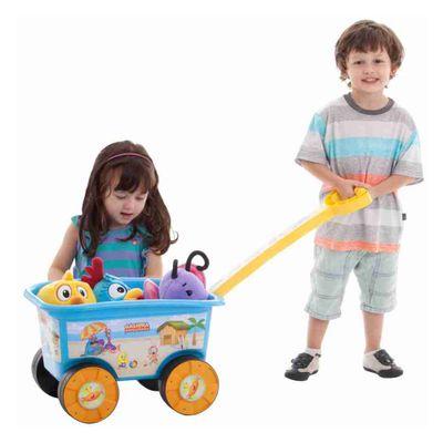 Criancas-com-Wagon-Passeio-Galinha-Pintadinha-Multibrink