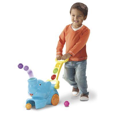 Menino-Brincando-com-Elefun-com-Rodas---Poppin-Park-Playskool---Hasbro
