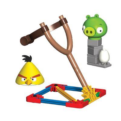 Knex-Angry-Birds-Yellow-Bird-vs-Medium-Minion-Pig-MultiKids