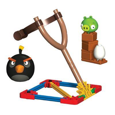 Knex-Angry-Birds-Black-Bird-vs-Small-Minion-Pig-MultiKids