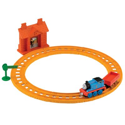 BLN89-Ferrovia-Basica-Thomas---Friends-Thomas-na-Estacao-Collectible-Railway-Fisher-Price