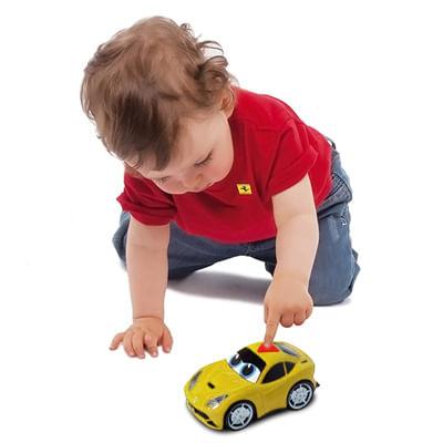Carrinho-Play-and-Go---Ferrari-Berlinetta-F12-Amarela---Som-e-Luzes---DTC---3390