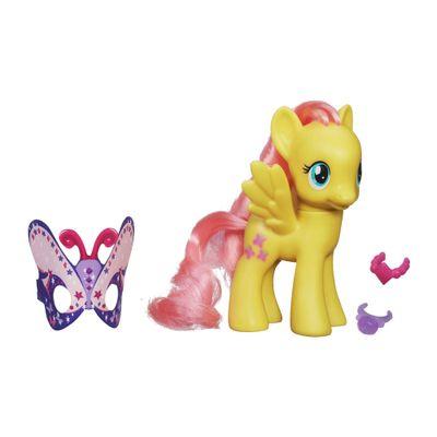 1-My-Little-Pony---Crystal-Princess-Celebration---Fluttershy---Hasbro