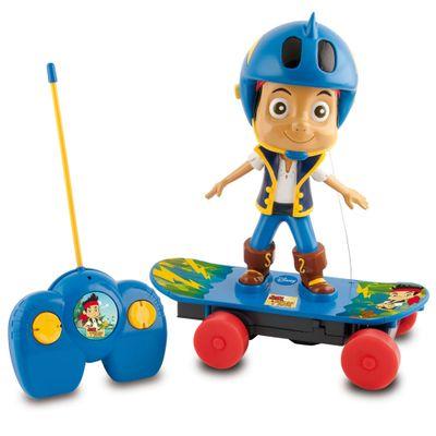 Jake-o-Pirata-com-Skate-de-Controle-Remoto---Disney---New-Toys