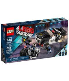 70819-LEGO-Movie-Perseguicao-de-Carro-do-Guarda-Mal