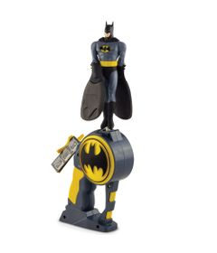 5015747-3318-Boneco-e-Lancador-Flying-Heroes-Batman-DTC