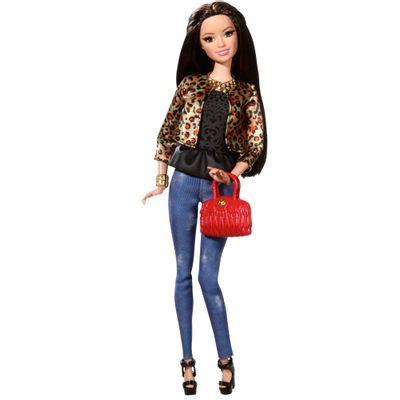 Boneca Barbie Style Luxo - Raquelle com Jaqueta de Oncinha - Mattel