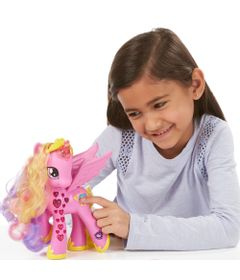 Figura-My-Little-Pony---Princesa-Cadance---Luxo---Hasbro
