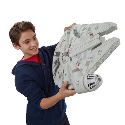 Nave Star Wars - Episódio VII -  Battle Action Millennium Falcon - Hasbro - Disney