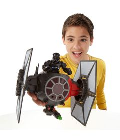 Star-Wars-First-Order-Special-Forces-Tie-Fighter-e-First-Order-Tie-Fighter-Pilot-Hasbro