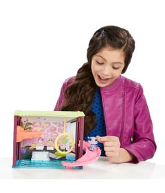 Playset-Littlest-Pet-Shop---Molhando-as-Patinhas---Basil-Featherstone---Hasbro