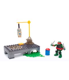 Playset-Mega-Bloks-com-Figura---Tartarugas-Ninja---Campo-de-Treinamento-do-Raphael---Mattel