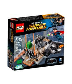 76044---LEGO-DC-Super-Heroes---Batman-Vs-Superman---A-Origem-da-Justica---Batalha-em-Gotham-City