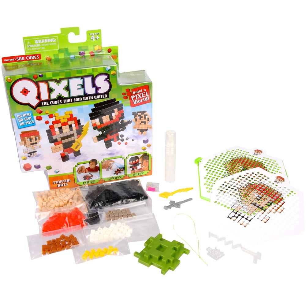 Fábrica de Personagens Qixels - Build a Pixel - Série Martial Arts - Multikids