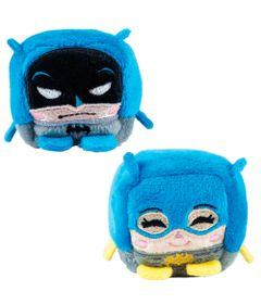 Conjunto-com-2-Pelucias---Cubomania-5-cm---DC-Comics---Liga-da-Justica---Batman-e-Batgirl---Candide