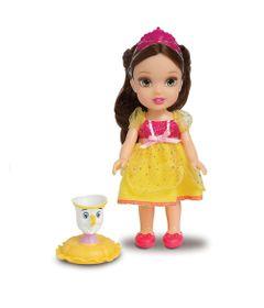 100107605-6381-boneca-com-acessorios-disney-princesas-princesa-bela-e-pet-mimo-5037358_1