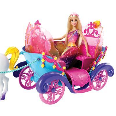 Carruagem com Boneca Barbie - Princesa  - Mattel