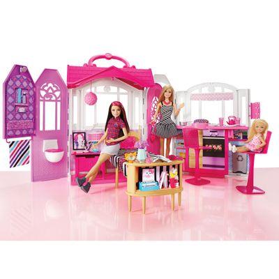 Playset Casa Portátil com Boneca Barbie - Mattel