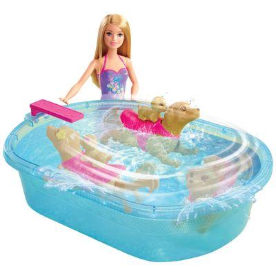 Boneca Barbie - Família e Pets na Piscina - Mattel