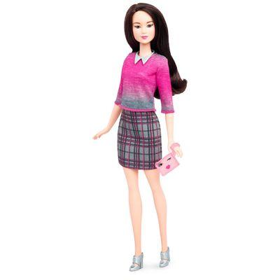 Boneca Barbie Mattel Fashionistas - Chic With Dtd99