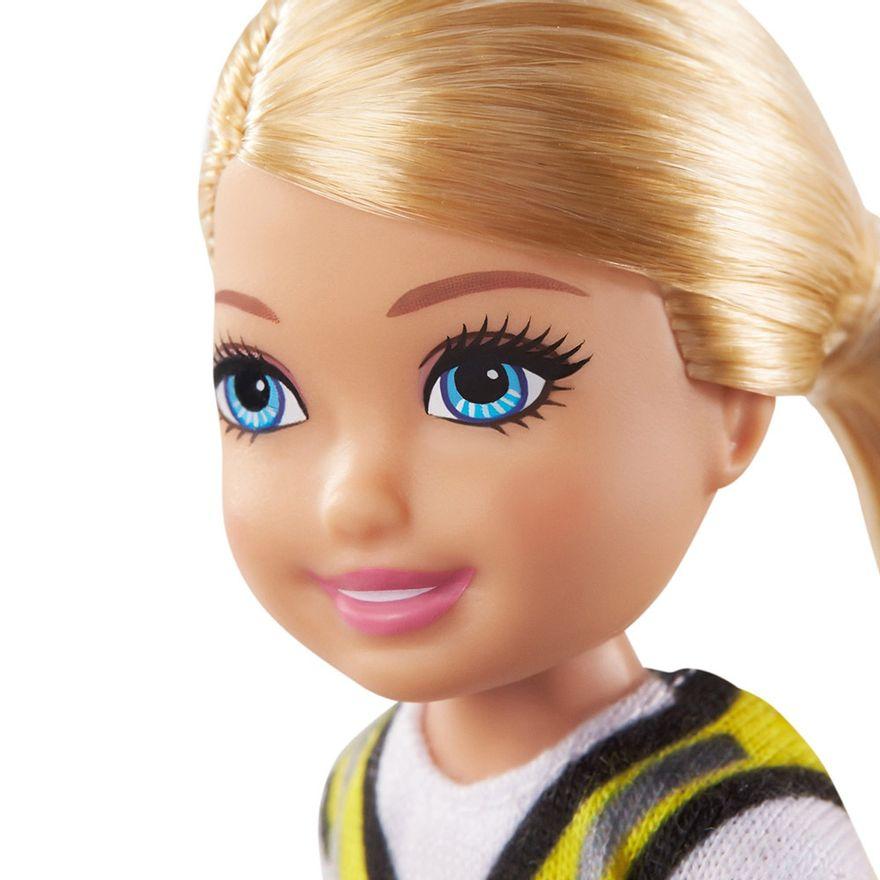 Boneca-Barbie---Mundo-de-Chelsea---Profissoes---Construcao---Mattel-4