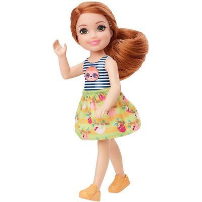 mini-boneca-familia-da-barbie-chelsea-club-ruiva-regata-listrada-mattel-100331121_Frente