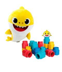 Kit-de-Blocos-de-Montar---Fofo-Blocos---Baby-Shark-e-Pelucia-Musical---30-Cm---Baby-Shark---Sunny