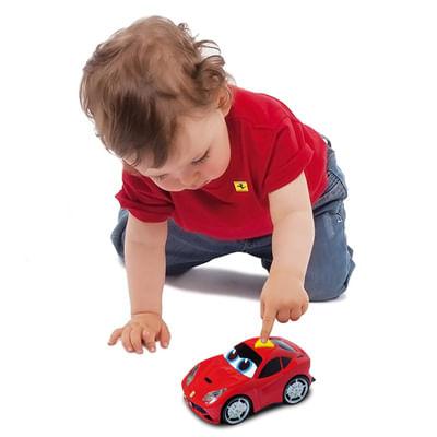 Carrinho Play and Go - Ferrari Berlinetta F12 Vermelha - Som e Luzes - DTC