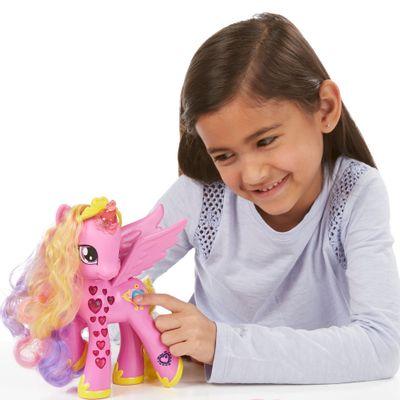 Figura-My-Little-Pony---Princesa-Cadance---Luxo---Hasbro