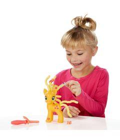 Figura-My-Little-Pony-Explore-Equestria---Applejack-Penteado-Adoravel---Hasbro