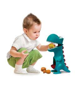 Dino-Papa-Tudo---Elka-972-humanizada
