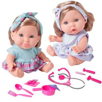 Kit-com-2-Bonecas-Bebes---Betsy-Doll---Um-dia-no-Pediatra-e-Um-dia-de-Mestre-Cuca---Candide