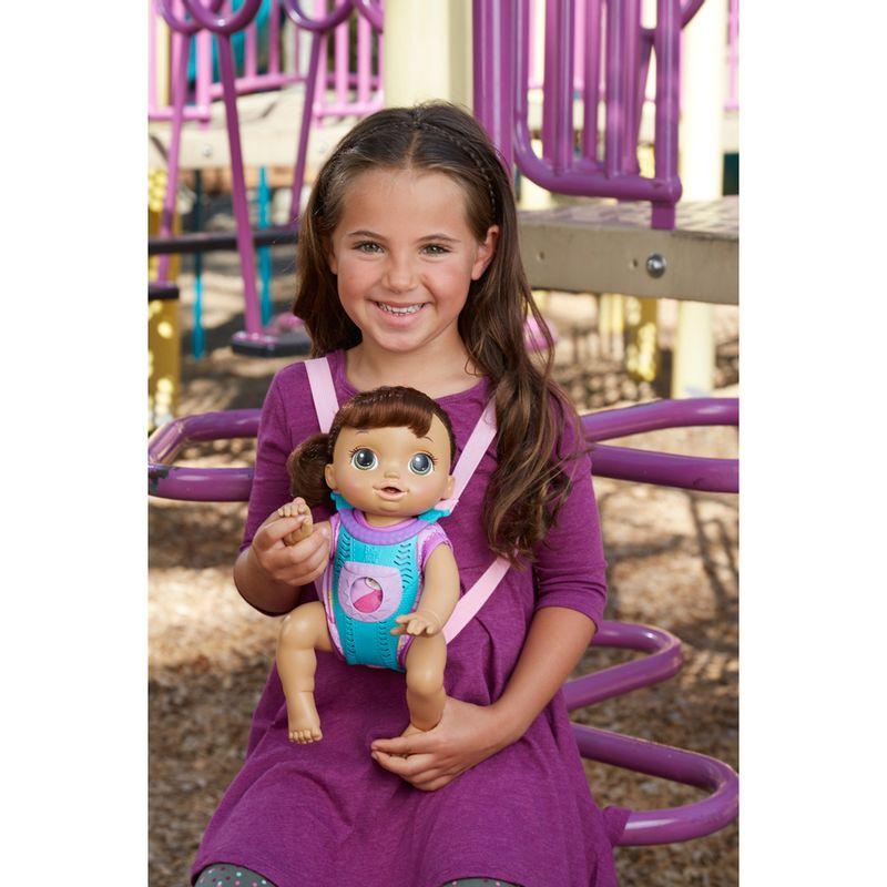 573e32384e Boneca Baby Alive - Morena - Hora Passeio - B6049 - Hasbro - Ri Happy  Brinquedos