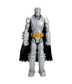 Boneco-Articulado---30-cm---Batman-Vs-Superman---Batman-com-Armadura---Mattel