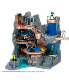 Playset-e-Mini-Figuras-Colecionaveis---Nano-Metals---DC-Comics---BatCaverna---DTC
