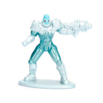 Figura-Colecionavel---4-Cm---Metals-Nano-Figures---DC-Comics---Mr-Freeze---DTC