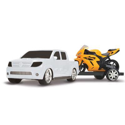 Pick-Up-Vision-Racing-com-Moto---Branco-e-Amarela---Roma-Jensen