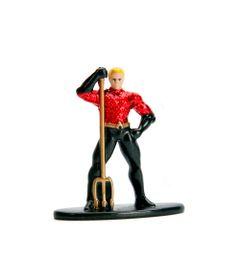 Figura-Colecionavel---4-Cm---Metals-Nano-Figures---DC-Comics---Aquaman---DTC