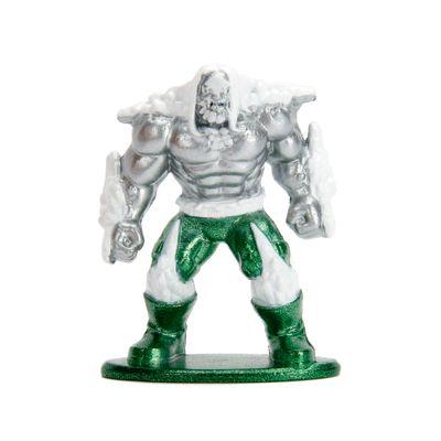 Figura-Colecionavel---4-Cm---Metals-Nano-Figures---DC-Comics---Doomsday---DTC