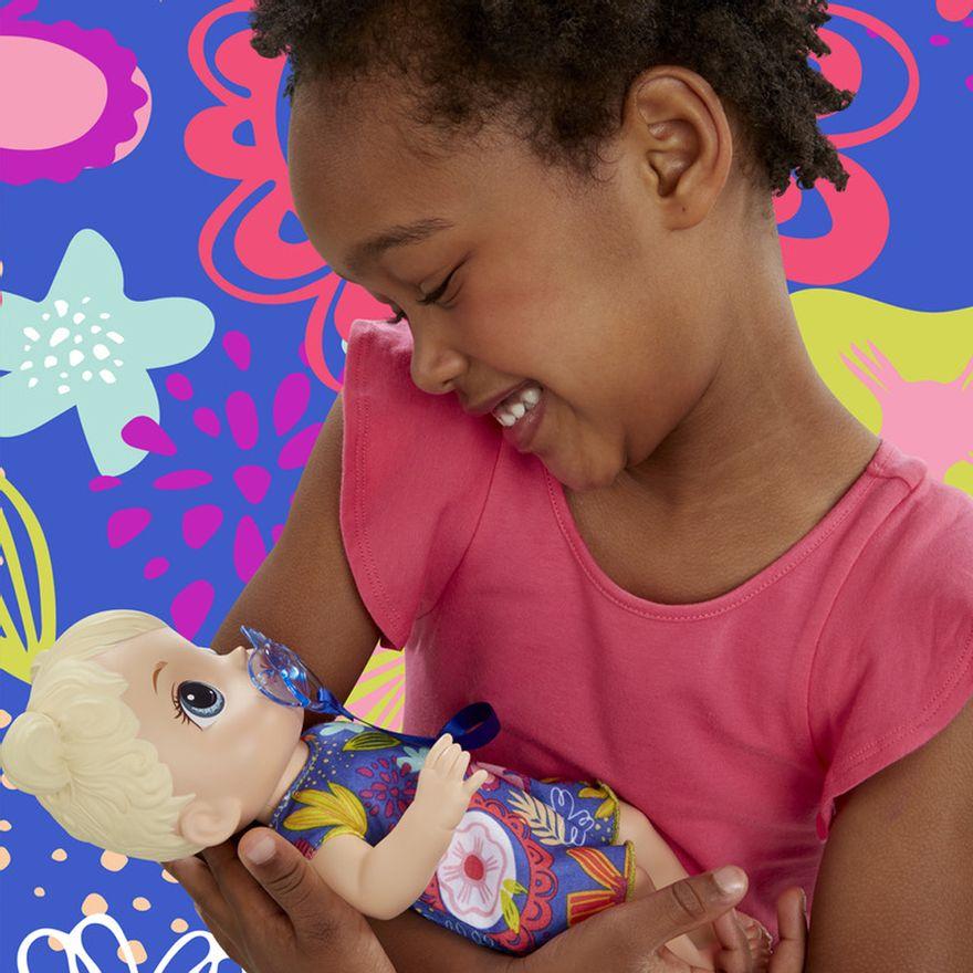 boneca-baby-alive-primeiros-sons-loira-hasbro-E3690_Detalhe2