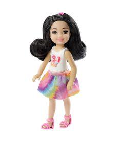 Mini-Boneca---Familia-da-Barbie---Chelsea-Club---Morena-com-Saia-Colorida---Mattel