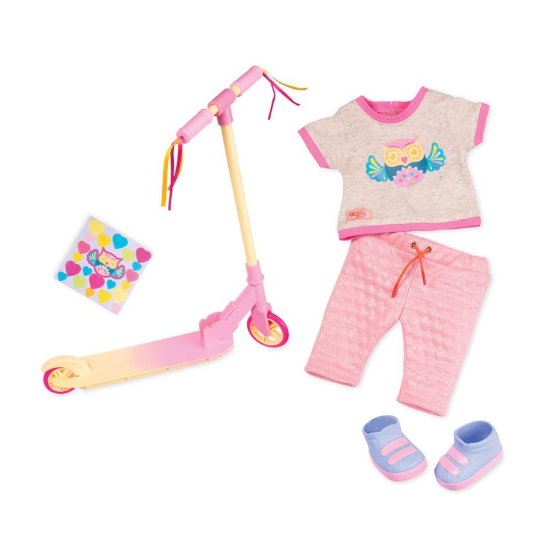 371381ea6 Acessórios Para Bonecas - Our Generation - Conjunto de Roupas e Patinete - Ri  Happy Brinquedos