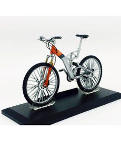 Mini-Bicicleta-Welly---Escala-1-10---AudiPro---California-Toys