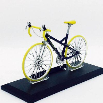 Mini-Bicicleta-Welly---Escala-1-10---PorscheR---California-Toys