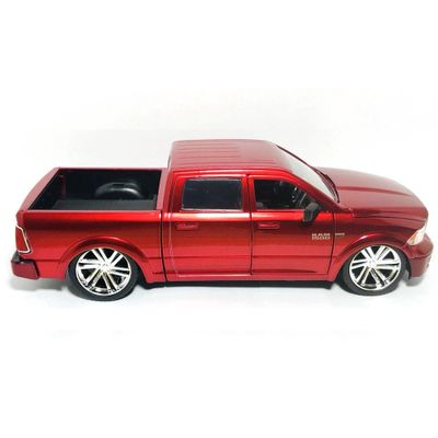 carro-v-dubs-tunado-2014-ram-1500-california-toys-JAD90000_Frente