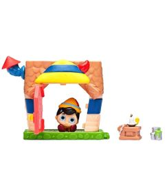 mini-playset-e-mini-figura-disney-doorables-oficina-do-pinoquio-dtc-5083_Frente