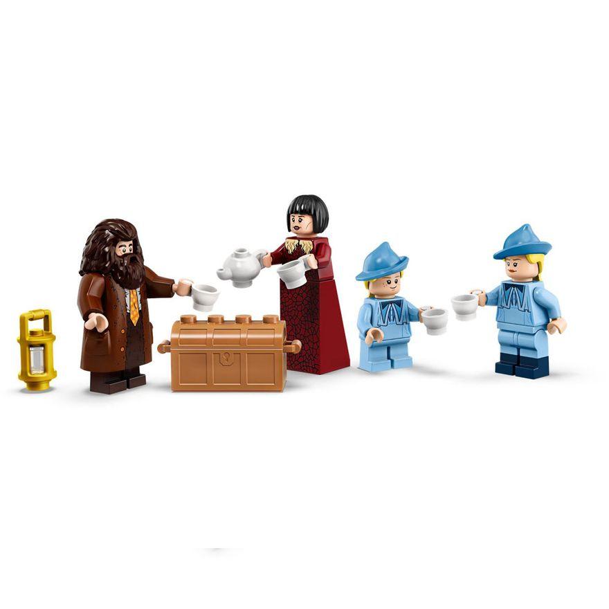 lego-harry-potter-a-chegada-em-hogwarts-75958-75958_Detalhe1