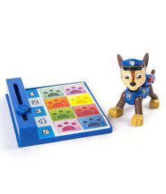 boneco-com-distintivo-patrulha-canina-chase-back-flip-sunny_frente