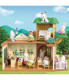 sylvanian-families-playset-escola-na-arvore-epoch-5105_Frente